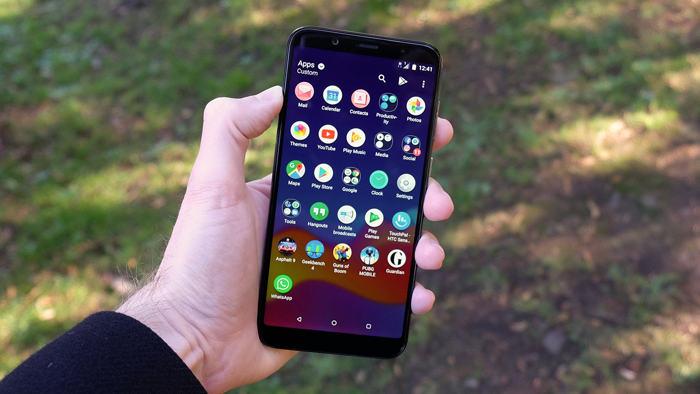 Обзор лучших смартфонов от HTC