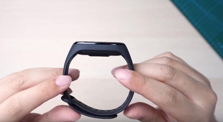 Обзор Xiaomi Mi Band 4. Где купить дешевле?